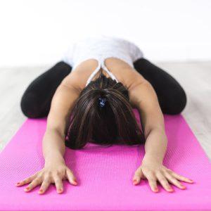sich gesund und fit halten mit Faszien Yoga